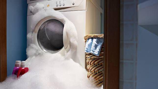 علت بیرون آمدن کف از جا پودری ماشین لباسشویی